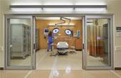 Оснащение входов в медицинских учреждениях