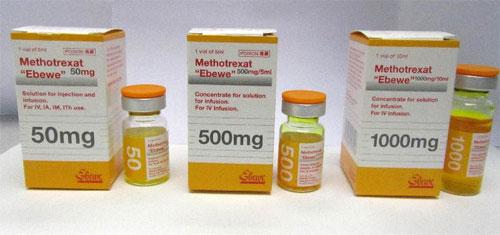 Какие факторы определяют достаточную дозу метотрексата?