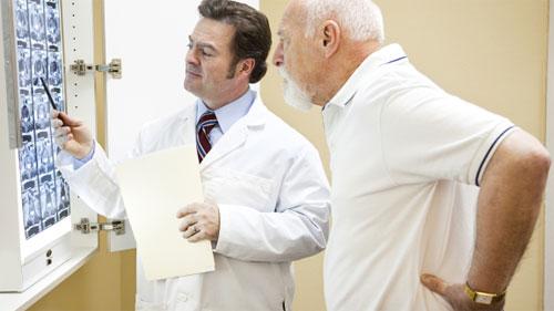 Хороший врач в Москве: как искать?