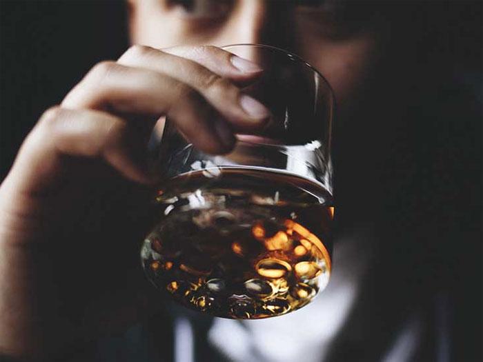 Алкоголизм: выход из запоя
