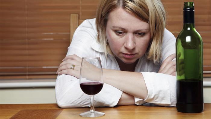 Как работают с алкоголиками на дому