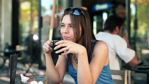 Исследователи предупреждают: нет безопасного уровня потребления кофеина для беременных